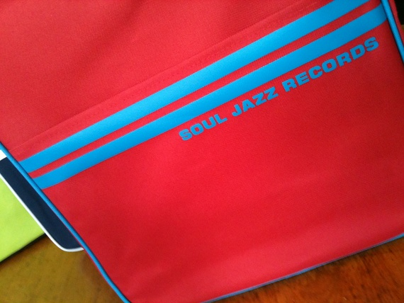 "DJ BAG SOULJAZZ ""Rouge & bleu"""